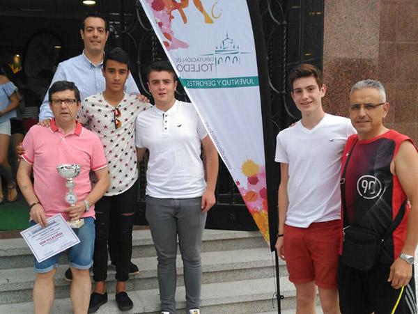 Los cadetes de Fútbol Sala de las EDM recibieron en Toledo un premio del deporte en Edad Escolar