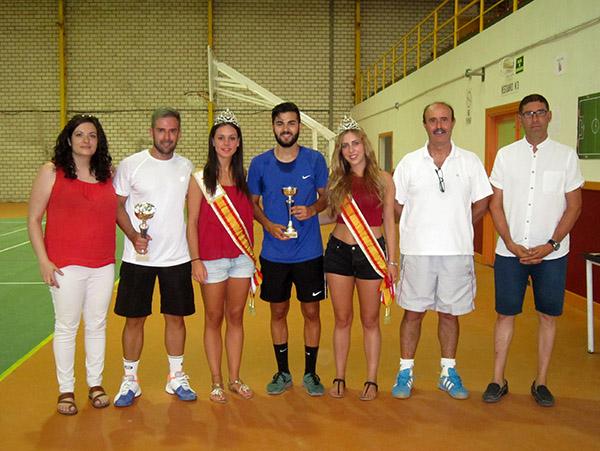 Juan Carlos Felipe se ha alzado este año con el Torneo de Tenis Feria 2016, en el que Esteban Pacheco ha sido subcampeón