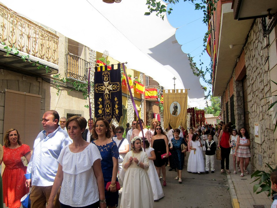 Calurosa celebración del Corpus en Villacañas