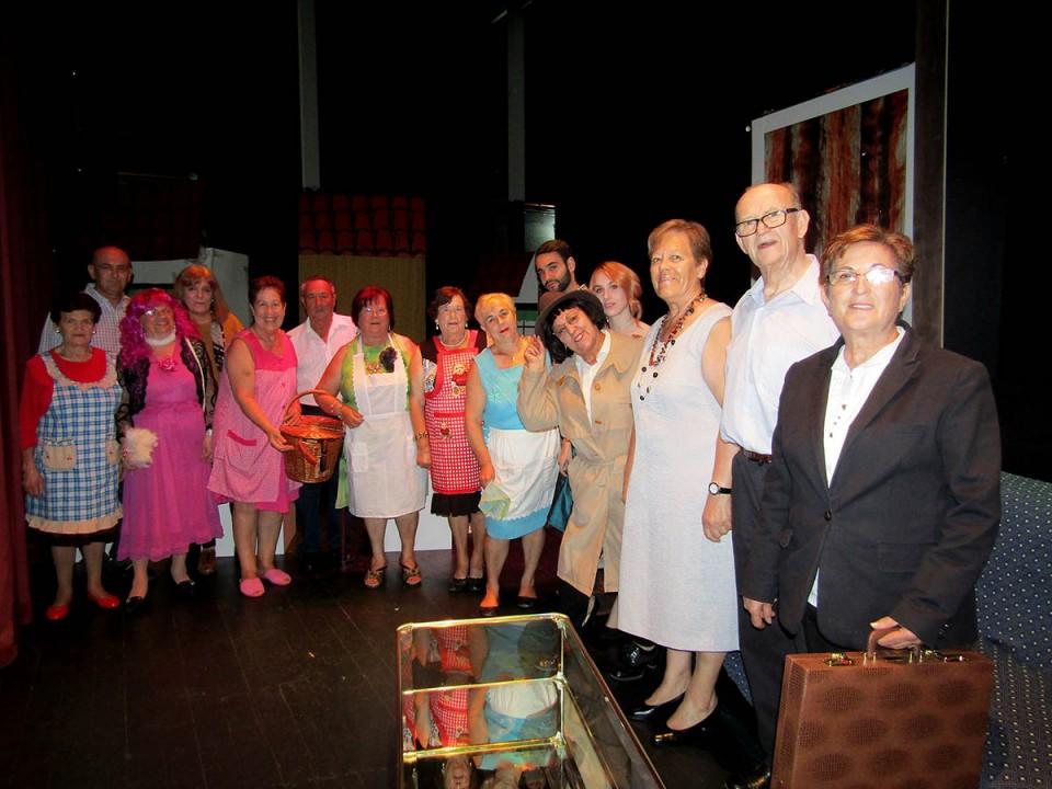 Arte y humor sobre las tablas gracias al grupo de teatro de mayores