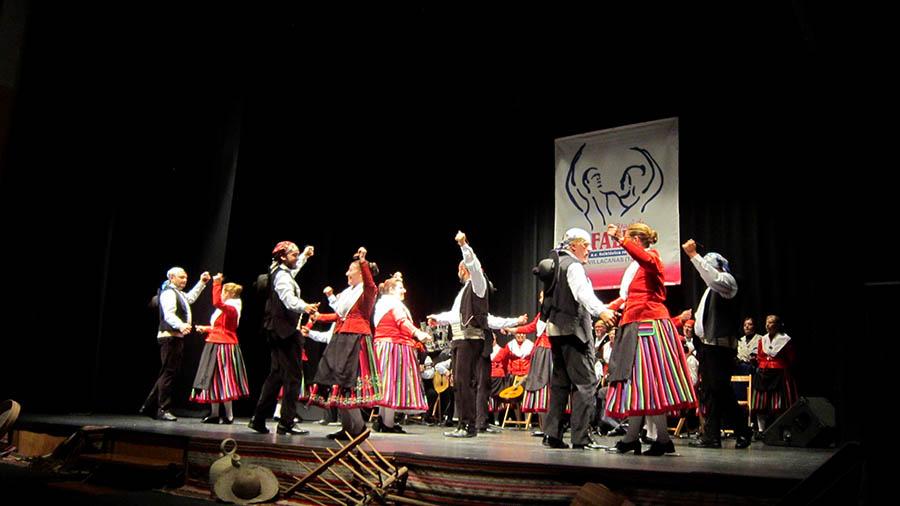 """XIX Festival de Folklore de San Isidro, que contará con las actuaciones de los grupos A.F. """"Los Trovadores de la Mancha"""" de Campo de Criptana (Ciudad Real) y la Asociación Cultural Folklórica Recreativa """"Manuel de Falla"""" de Villacañas."""