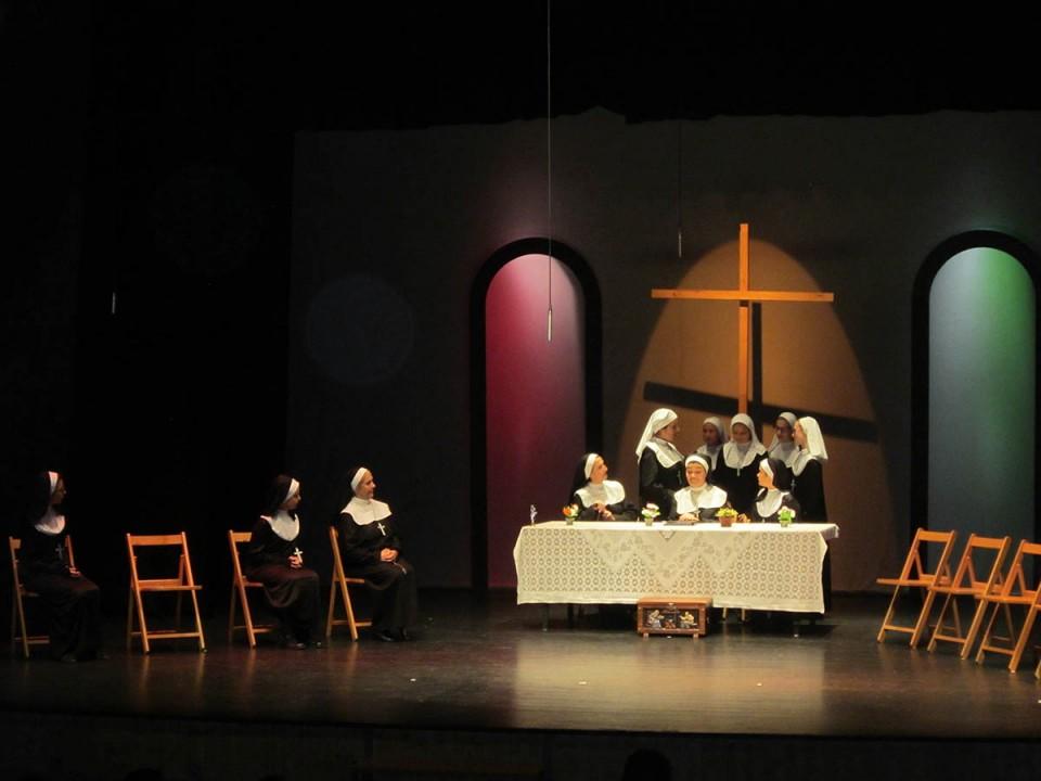 """La Escuela Municipal de Teatro representó """"Canción de cuna"""""""