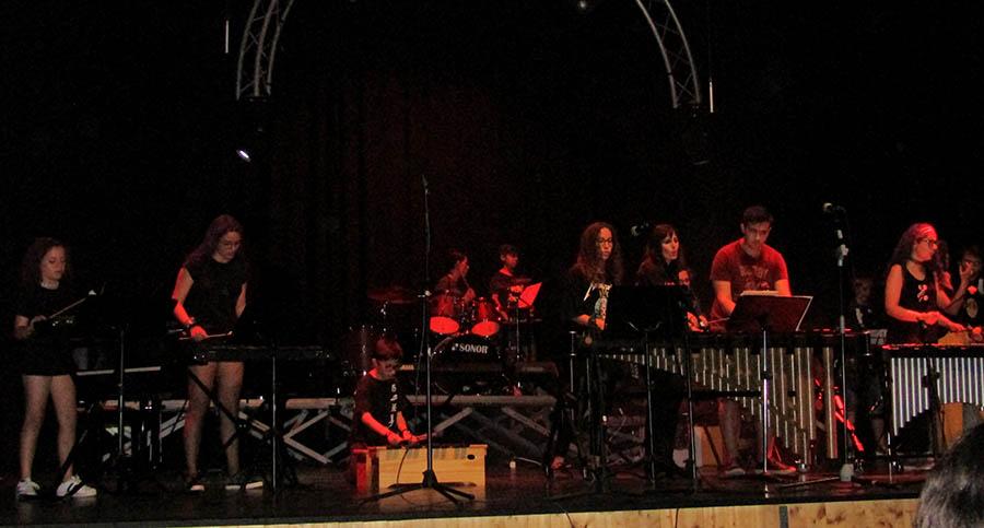 Espectacular festival de rock para cerrar el curso en la Escuela Municipal de Música