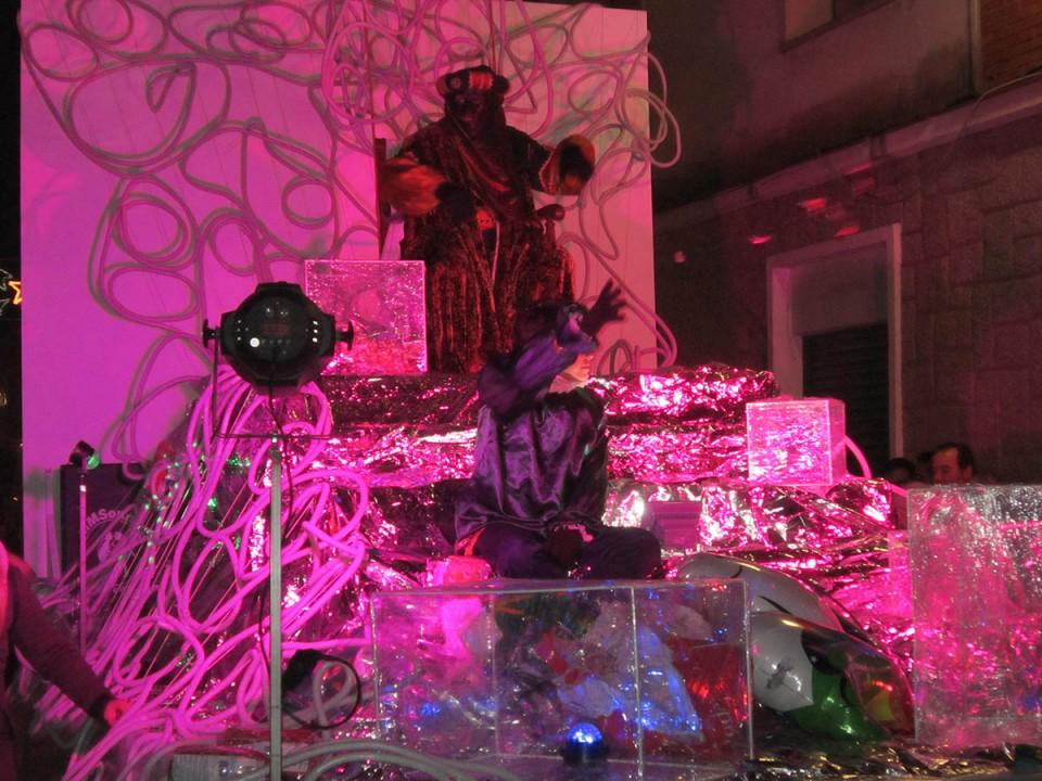 Una gran Cabalgata de Reyes cerró los grandes actos de la Navidad villacañera