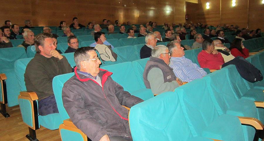 """El director provincial confirma que Villacañas entrará en los """"cogollos"""" y se mejorará la oficina agraria"""
