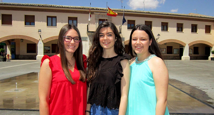 Ainhoa Gómez Clemente, Lidia Taviro Villarreal y Nerea García de la Torre Martín serán las Reinas de las Fiestas 2019 en Villacañas