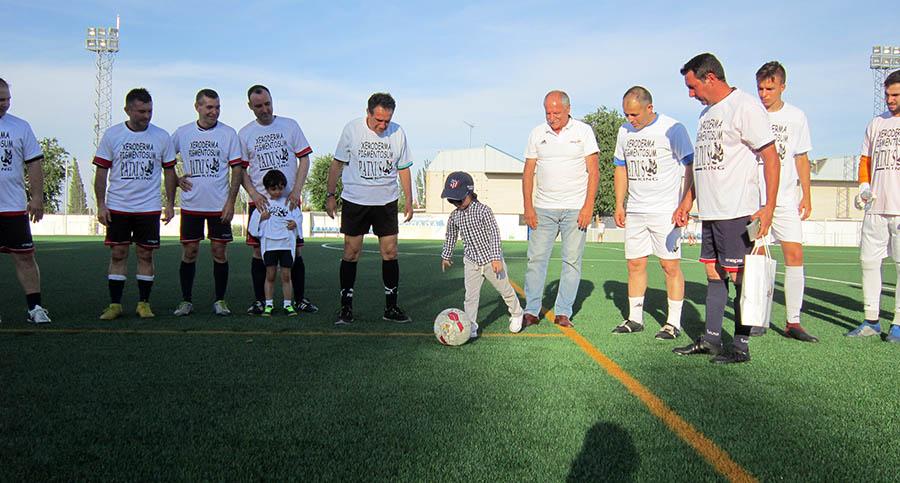 Villacañas se volcó en apoyo de la Asociación Xeroderma Pigmentosum con una jornada de fútbol benéfica