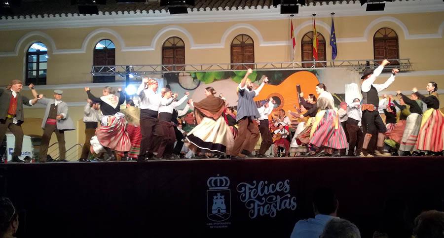 Gran Festival de Folklore con los grupos de coros y danzas de Consuegra y Villacañas