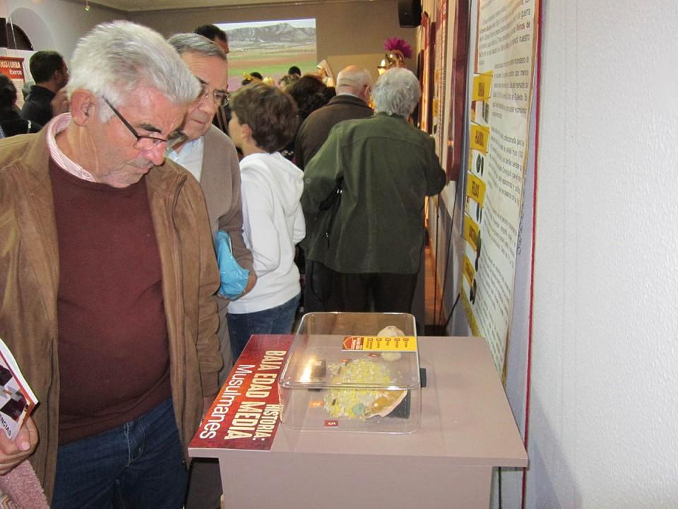 """Más de 1.000 personas han visitado la exposición """"Tras las huellas del pasado"""""""
