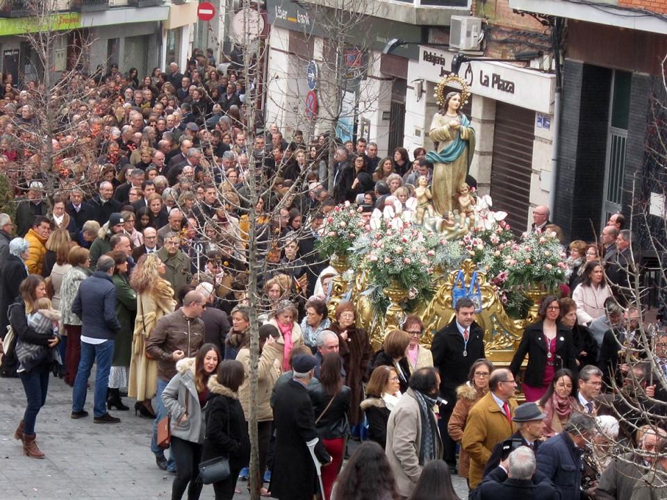 Masiva celebración del Día de la Inmaculada