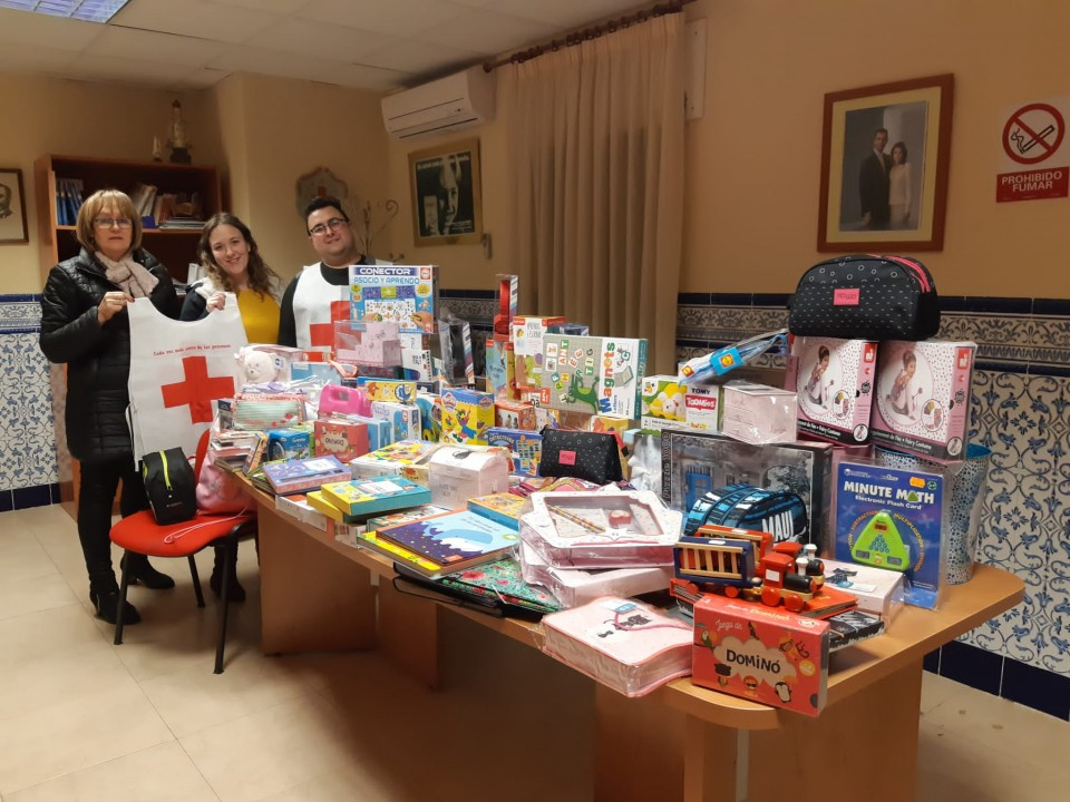 Campaña solidaria para que ningún niño villacañero se haya quedado sin juguetes en Reyes