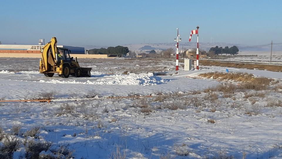 Las bajas temperaturas continúan este miércoles, por lo que se mantiene el riesgo por la nieve y el hielo